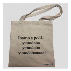 Los bolsos están elaborados con algodón y de forma artesanal. // Memata