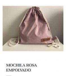 Las mochilas pueden encontrarse en diversos modelos y colores. // Memata