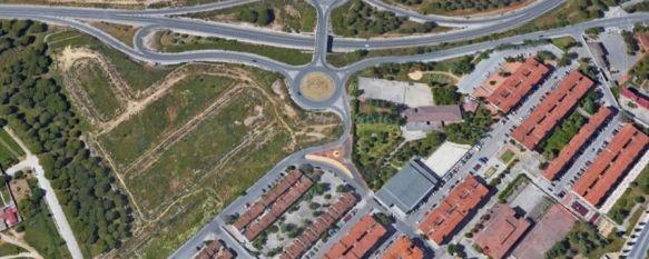 Las obras de urbanización fueron adjudicadas en 2008 por 2,7 millones de euros y se iniciaron en octubre de ese año, pero quedaron paralizadas en mayo de 2009 al entrar la empresa contratada en concurso de acreedores. // Junta de Andalucía