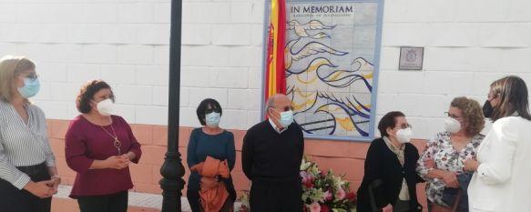 El Ayuntamiento homenajea a los rondeños asesinados en Mauthausen, El acto ha contado con una ofrenda floral para los familiares…, 05 May 2021 - 19:11