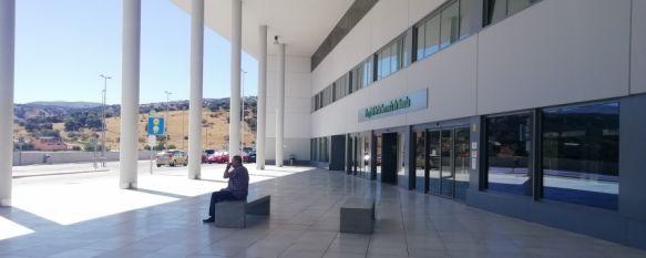 Los casos activos de coronavirus disminuyen en Ronda hasta los 35, La mejora de los datos epidemiológicos se traduce en una menor presión hospitalaria, con siete ingresos relacionados con la pandemia en el Hospital Comarcal, 12 May 2021 - 16:36