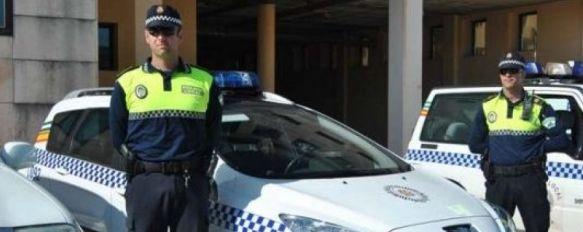 Ronda contará con sólo cinco policías locales durante la Nochevieja, El colectivo ha decidido en asamblea no realizar horas extraordinarias para intentar evitar los recortes salariales, 31 Dec 2011 - 08:56