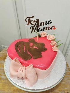 Las tartas de chocolate modelable personalizadas son la especialidad de Zamudio. // Sueños de mi marquesita