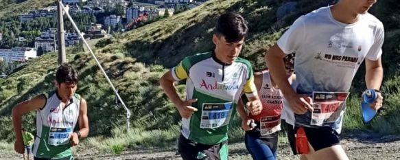 Porras, con el número 419, ha competido en esta ocasión con la camiseta de la Federación Andaluza de Montañismo en lugar de la de su club, el Ascari Harman Trail Running // CharryTV