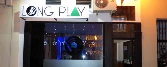 El pub Long Play, situado en calle Molino, abrió sus puertas en febrero de 2016  // Long Play