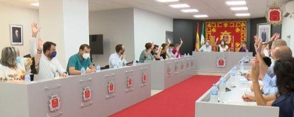 Efímero pleno ordinario en el Ayuntamiento de Ronda, En cuatro minutos se han aprobado el nombramiento de Carlos Mirasol como representante del Consorcio Provincial de Residuos Sólidos Urbanos y varios estudios detalle , 30 Aug 2021 - 14:20