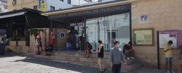 Aumentan las visitas respecto a 2020 gracias al turismo nacional  , La Oficina Municipal de Turismo ha incrementado en 12.000 el número de turistas atendidos entre julio y agosto, 31 Aug 2021 - 16:46