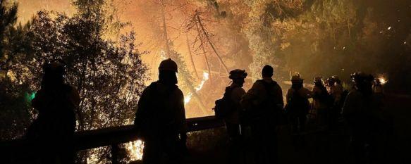 Medio millar de personas desalojadas por el incendio forestal en Sierra Bermeja, El humo del incendio ha motivado el corte de la autopista AP-7, y de las carreteras MA-8301 y MA-8302 , 09 Sep 2021 - 10:47