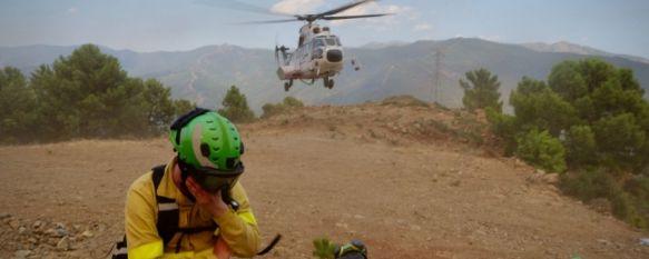 Casi mil efectivos y medio centenar de medios aéreos luchan contra el incendio, La lluvia, elemento de esperanza en el control de un fuego que se aproxima a Casares después de arrasar casi 8.000 ha, 13 Sep 2021 - 11:48