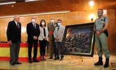 Entrega de una réplica del cuadro del Centenario a La Legión de Ronda. // Manolo Guerrero