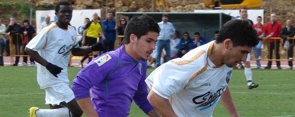 Derbi ante el filial malaguista con Paco Sierra en el banquillo, C.D. Ronda y Atlético Malagueño se miden en la Ciudad Deportiva con el arbitraje del gaditano Caucelo Sase. , 12 Nov 2010 - 19:59