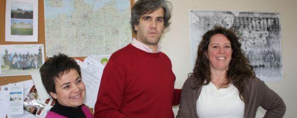 Bienestar Social y la Asociación Raíces, unidos contra el racismo y la xenofobia, Esta mañana han firmado un convenio de colaboración en las instalaciones del OALFPE, 20 Feb 2012 - 14:30