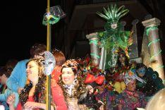 El Dios Momo del Carnaval, Rafael Ruiz, durante la Cabalgata. // CharryTV