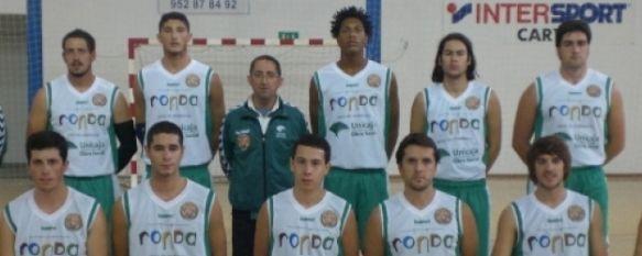 Cómoda victoria del C.B. Ronda en Villanueva de Tapia, Los hombres de Francisco Troyano vencieron por veintidós puntos de diferencia al C.B. Algaidas., 16 Nov 2010 - 20:15