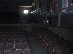 Vista interior del Teatro Municipal Vicente Espinel. // CharryTV