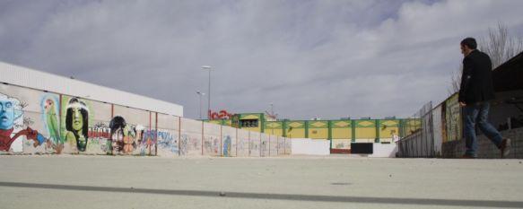 El Consistorio pone en servicio un nuevo aparcamiento en el polideportivo El Fuerte, Cuenta con capacidad para 120 vehículos y ha supuesto un desembolso de 5.500 euros, 15 Mar 2012 - 20:05