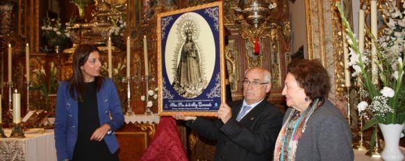 Presentan el cartel anunciador de los actos de la Virgen de la Paz, La Patrona de Ronda procesionará el próximo 13 de mayo desde su santuario, 30 Apr 2012 - 17:41