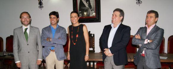 El Ayuntamiento y CETUR Ronda firman el convenio del nuevo centro de recepción de visitantes, Este proyecto, que se ha estudiado durante un año, supondrá una inversión de veinte millones de euros, 28 Jun 2012 - 18:31