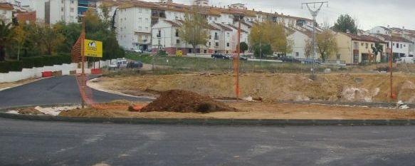 La ejecución de los nuevos accesos a la ciudad, al 80%, La entrada por la Barriada de La Dehesa volverá a abrirse antes de final de año., 25 Nov 2010 - 09:03