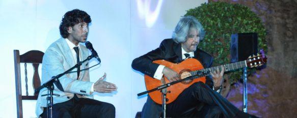 Noche grande de cante en las Murallas del Carmen, Numeroso público llenó el patio de butacas en una velada que quedará para el recuerdo, 27 Aug 2012 - 19:27