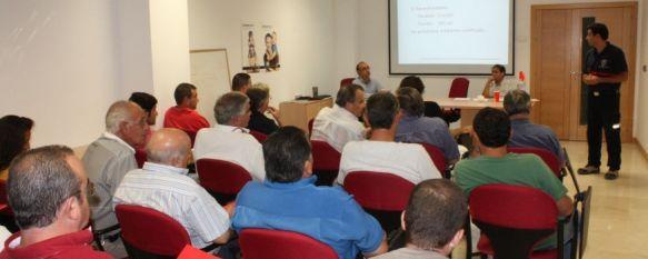 Informan a las peñas sobre la normativa para evitar incendios en casetas de feria, Establece una serie de medidas cómo la resistencia al fuego de paredes y techos , 29 Aug 2012 - 17:34